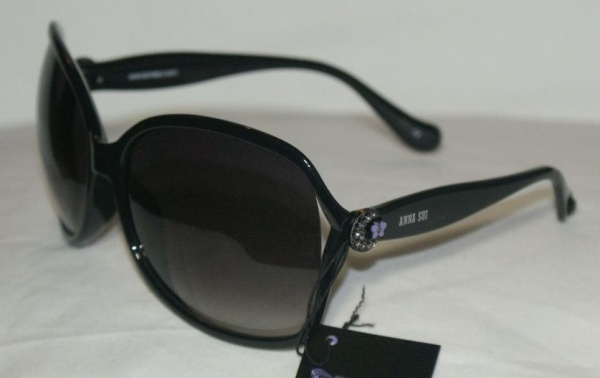 Anna Sui Sunglasses AS 869 001 Black